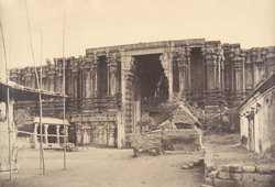 The Great Pagoda at Seringham. The Raya Gopuram from S. [Unfinished outer gateway of the Ranganatha Temple, Srirangam.]